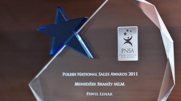 Statuetka PNSA.001 - Paweł Lenar Blog